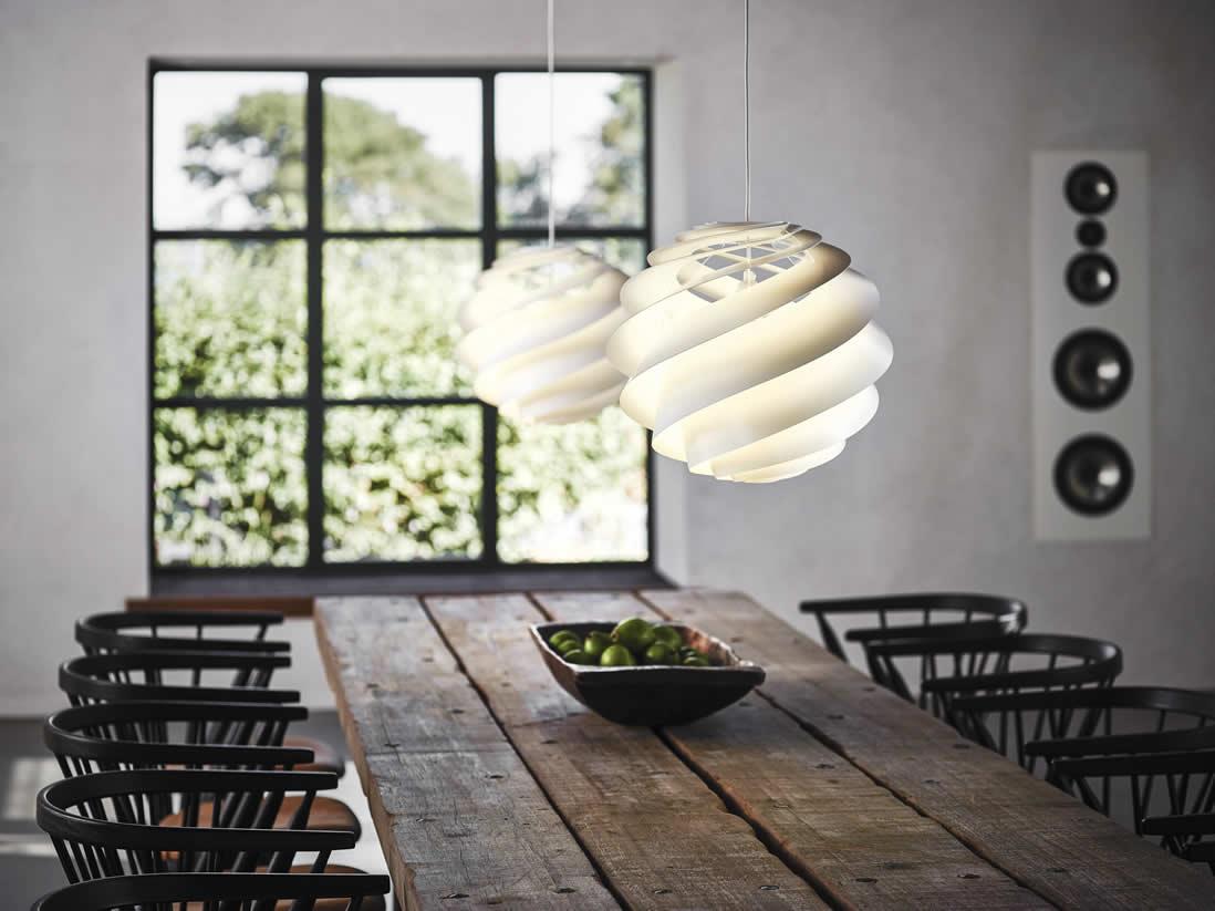 Magnifiek Witte hanglampen en deens design #YW32