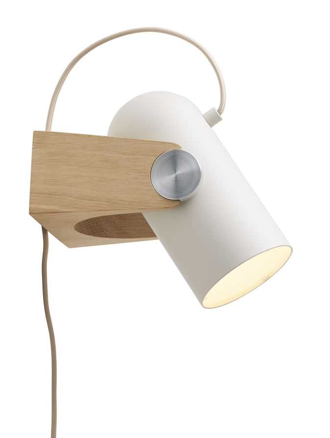 http://www.atelier91.nl/images/verlichting/Le_Klint/spot-wandlamp-led-leeslamp-wookamer.jpg