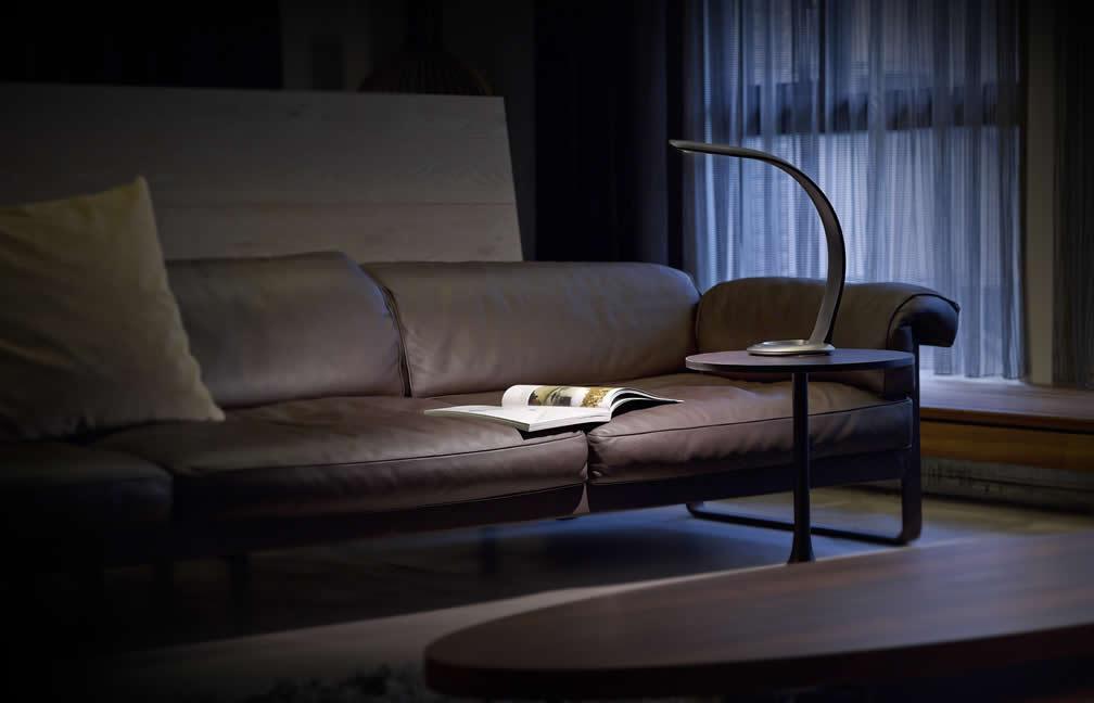 Geweldig woonkamer meubels met led design lamp inspiratie woonkamer en slaapkamer 2017 - Woonkamer meubels ...