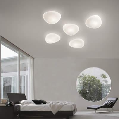 Woonkamer | bijzonder gevormde glazen plafondlampen